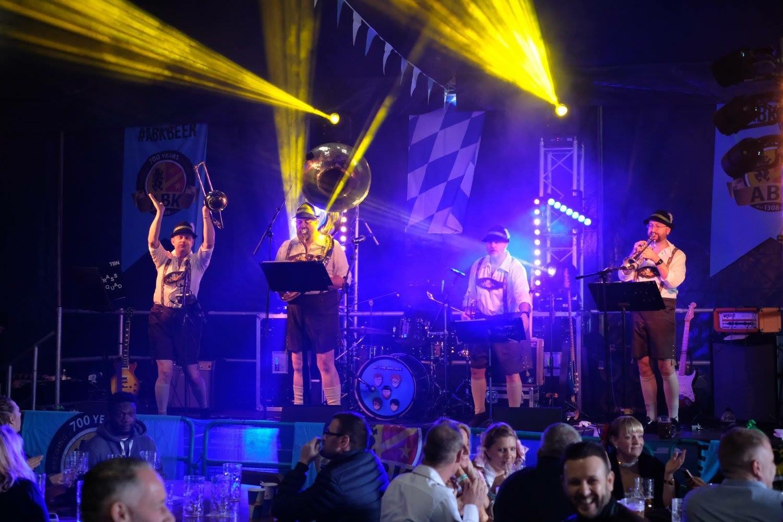 Promo Wunderbar Brass  Hertfordshire